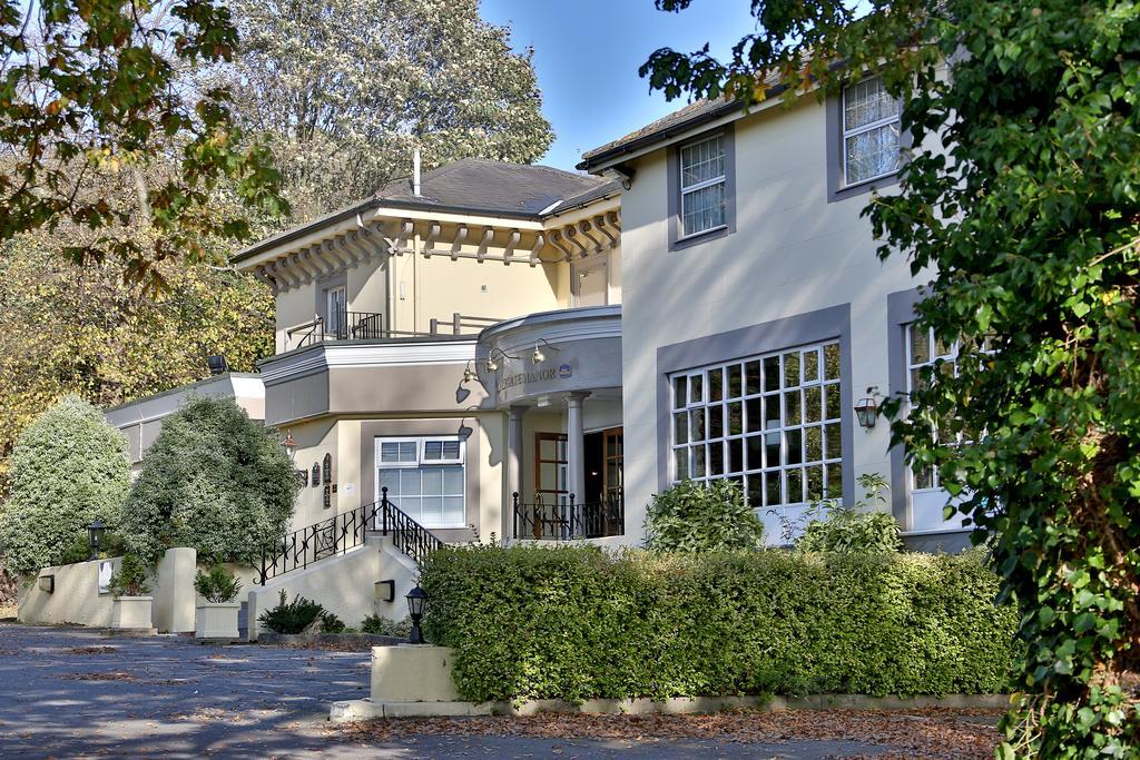 Reigate Manor